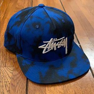 Stussy | SnapBack Blue & Black Hat
